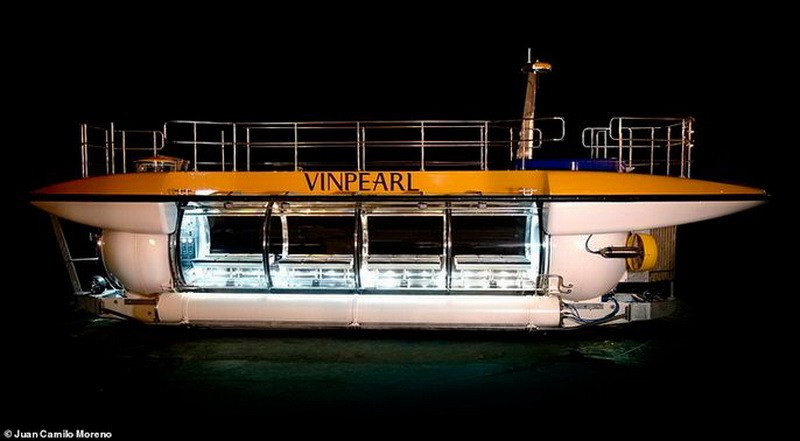 tàu ngầm đáy kính Nha Trang