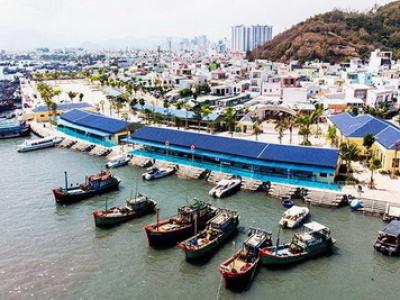 Cho thuê tàu gỗ Nha Trang Khánh Hòa